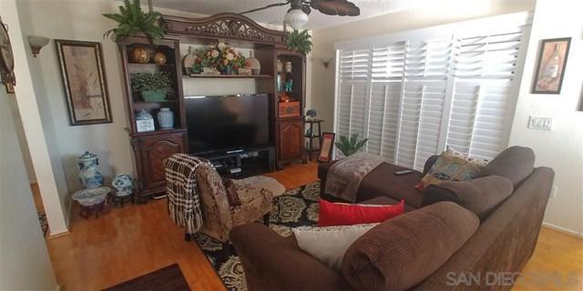 8575 Summerdale #188, San Diego, CA 92126 (#190027457) :: Mainstreet Realtors®