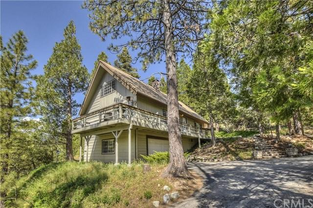 799 Grass Valley Road, Lake Arrowhead, CA 92352 (#PW19116801) :: The Marelly Group | Compass