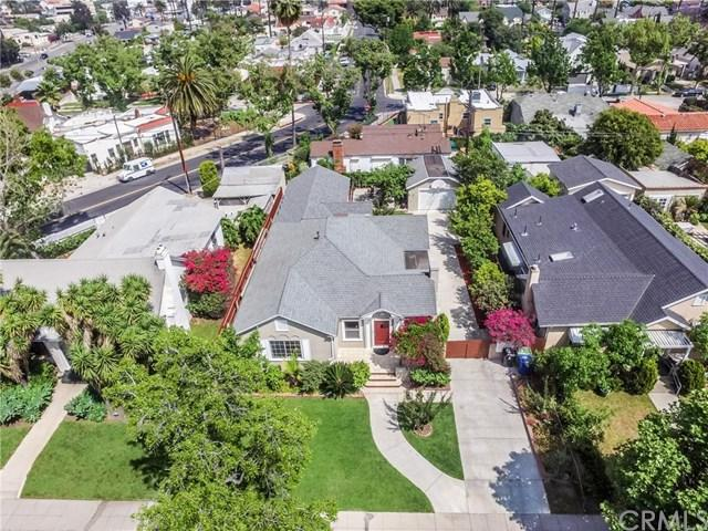 1068 S Lucerne Boulevard, Los Angeles (City), CA 90019 (#PW19116974) :: The Miller Group