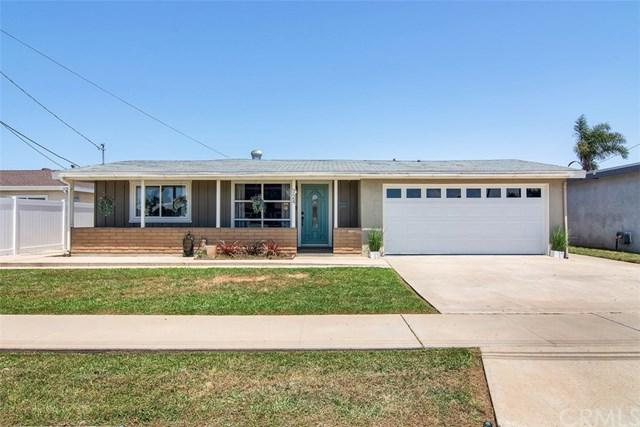 724 Hemlock Avenue, Imperial Beach, CA 91932 (#OC19117061) :: Fred Sed Group