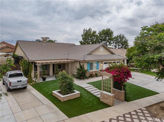 1125 Elliot Drive, Corona, CA 92881 (#IV19117165) :: Allison James Estates and Homes