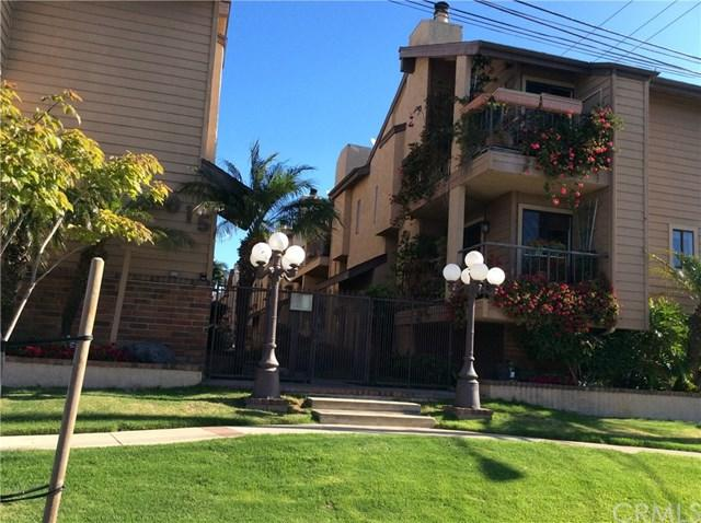1015 W 159th Street #2, Gardena, CA 90247 (#DW19117234) :: Ardent Real Estate Group, Inc.