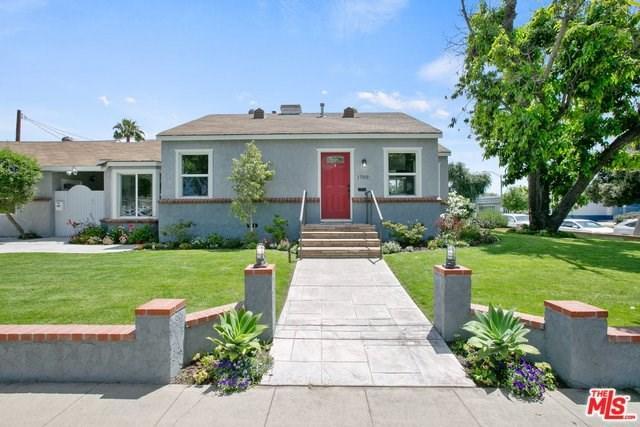 1700 N Lima Street, Burbank, CA 91505 (#19467412) :: Fred Sed Group