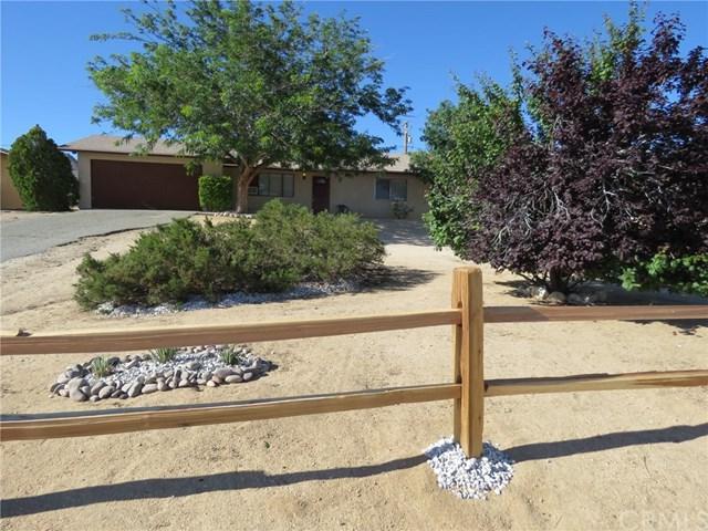60485 Latham, Joshua Tree, CA 92252 (#JT19117561) :: Steele Canyon Realty