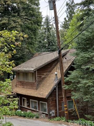 607 Oakmont Lane, Lake Arrowhead, CA 92352 (#SR19117293) :: The Marelly Group | Compass