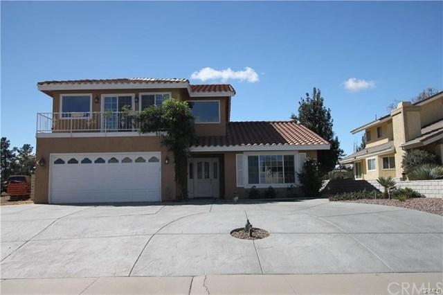 13265 Country Club Drive, Victorville, CA 92395 (#IG19117656) :: Mainstreet Realtors®
