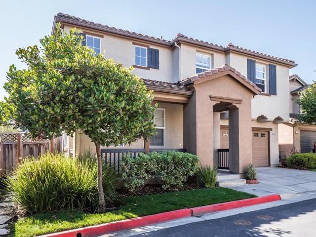 1558 San Sierra Court, Watsonville, CA 95076 (#ML81752799) :: Beachside Realty