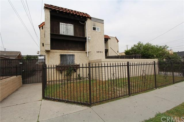 5951 Corona Avenue E, Huntington Park, CA 90255 (#DW19117619) :: The Marelly Group | Compass