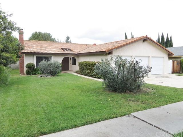 22749 Gault Street, West Hills, CA 91307 (#SR19117650) :: Fred Sed Group