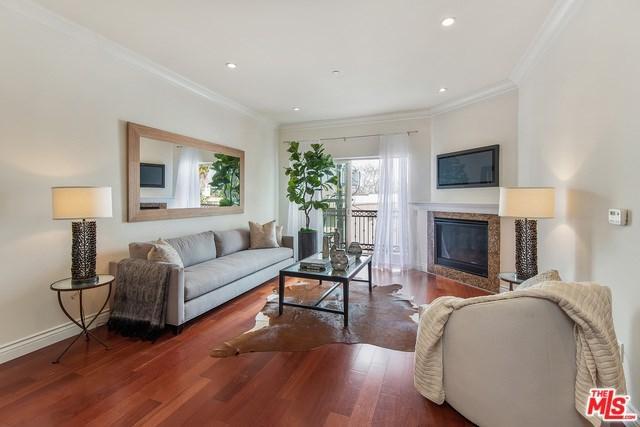 1135 S Shenandoah Street #402, Los Angeles (City), CA 90035 (#19468530) :: PLG Estates