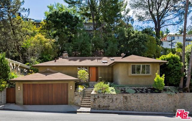 3100 N Beachwood Drive, Los Angeles (City), CA 90068 (#19467048) :: Realty ONE Group Empire