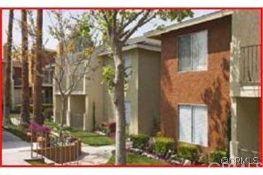 1025 N Tippecanoe Avenue #236, San Bernardino, CA 92410 (#IV19116419) :: Beachside Realty