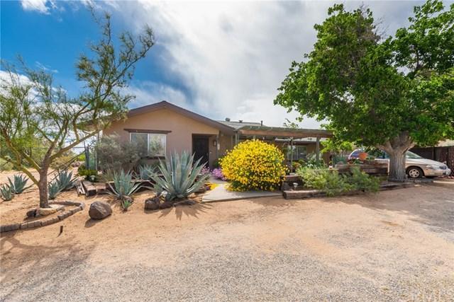 7837 Bannock, Yucca Valley, CA 92284 (#JT19110663) :: Team Tami