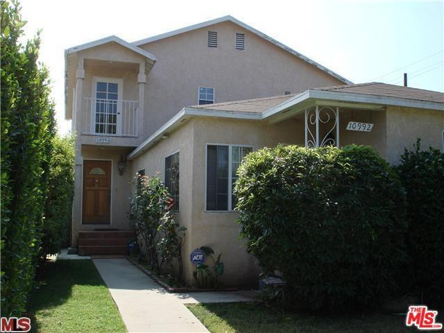 10992 Exposition, Los Angeles (City), CA 90064 (#19461572) :: Ardent Real Estate Group, Inc.