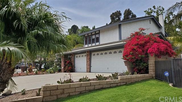 5625 E Calle Canada, Anaheim Hills, CA 92807 (#OC19118168) :: Z Team OC Real Estate