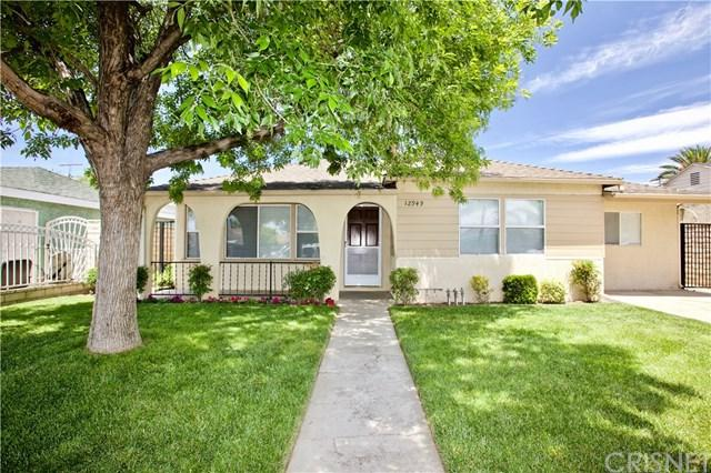 12949 Wingo Street, Pacoima, CA 91331 (#SR19119128) :: Fred Sed Group
