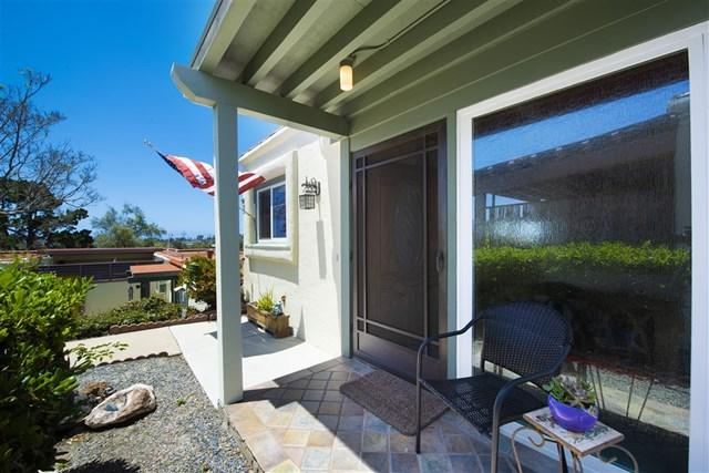 3621 Vista Campana S #94, Oceanside, CA 92057 (#190027861) :: Abola Real Estate Group