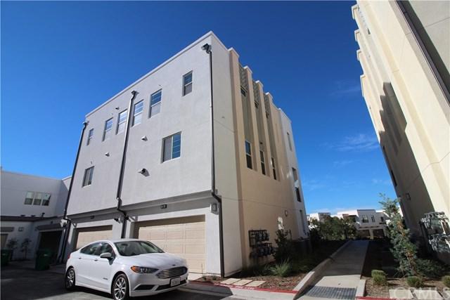 214 Harringay, Irvine, CA 92618 (#OC19119147) :: Z Team OC Real Estate