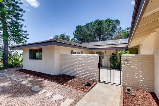 28214 Red Stone Lane, Escondido, CA 92026 (#190027880) :: Ardent Real Estate Group, Inc.