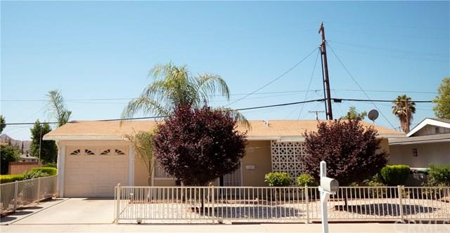 201 W Mayberry Avenue, Hemet, CA 92543 (#PW19119199) :: The Marelly Group | Compass