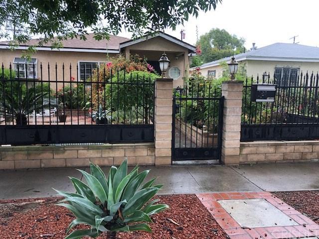 14843 Cohasset Street, Van Nuys, CA 91405 (#SR19119197) :: Ardent Real Estate Group, Inc.