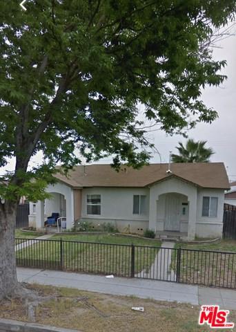 4572 E Mono Street, Fresno, CA 93702 (#19469134) :: Fred Sed Group