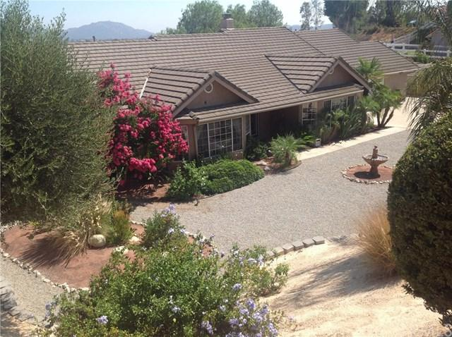 31213 Avenida Del Reposo, Temecula, CA 92591 (#SW19118394) :: California Realty Experts