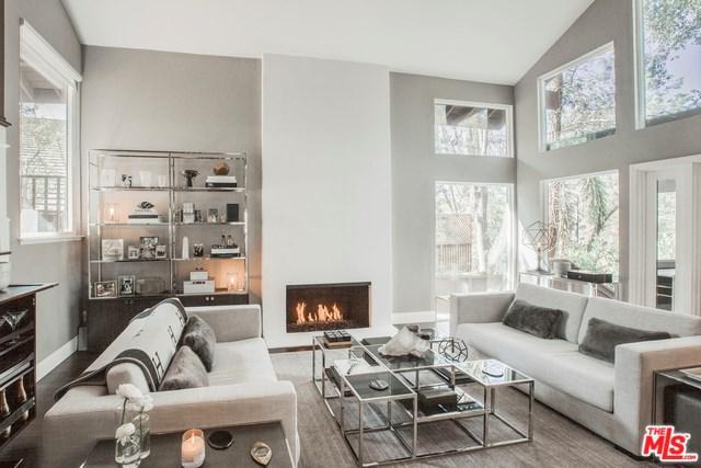 2885 Woodwardia Drive, Los Angeles (City), CA 90077 (#19465540) :: PLG Estates