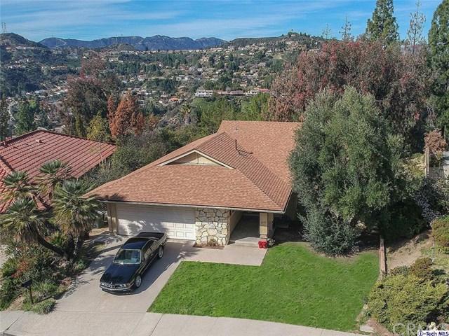 3806 San Augustine Drive, Glendale, CA 91206 (#319001954) :: The Parsons Team