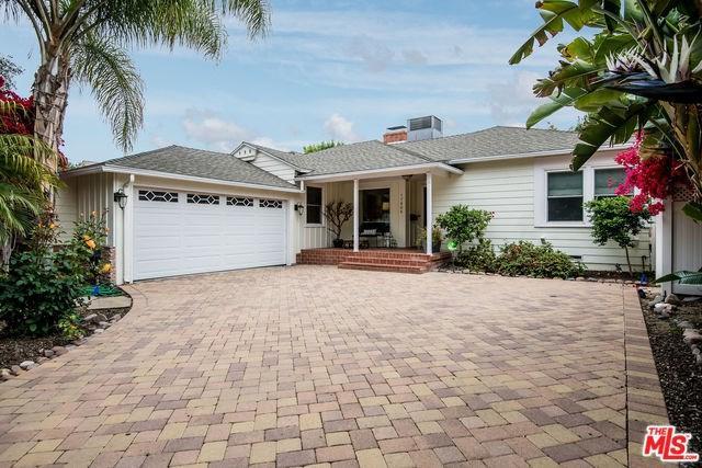 17906 Tarzana Street, Encino, CA 91316 (#19469140) :: Ardent Real Estate Group, Inc.