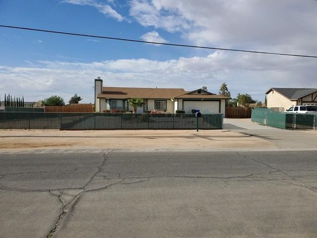 20808 Del Oro Road, Apple Valley, CA 92308 (#513562) :: California Realty Experts