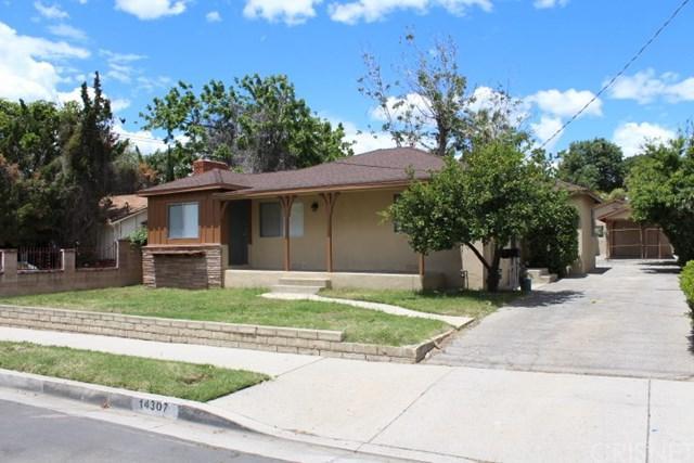 14307 Sayre Street, Sylmar, CA 91342 (#SR19120258) :: Keller Williams Temecula / Riverside / Norco