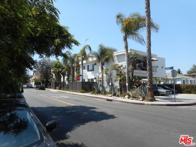 8777 Cadillac Avenue, Los Angeles (City), CA 90034 (#19468848) :: PLG Estates