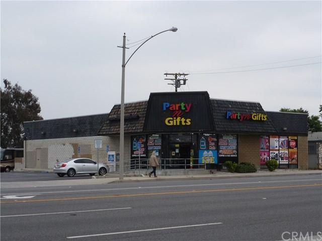 681 E Foothill Boulevard, Rialto, CA 92376 (#CV19118535) :: Realty ONE Group Empire