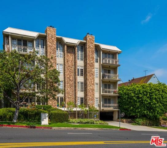 1260 S Beverly Glen #204, Los Angeles (City), CA 90024 (#19467980) :: PLG Estates