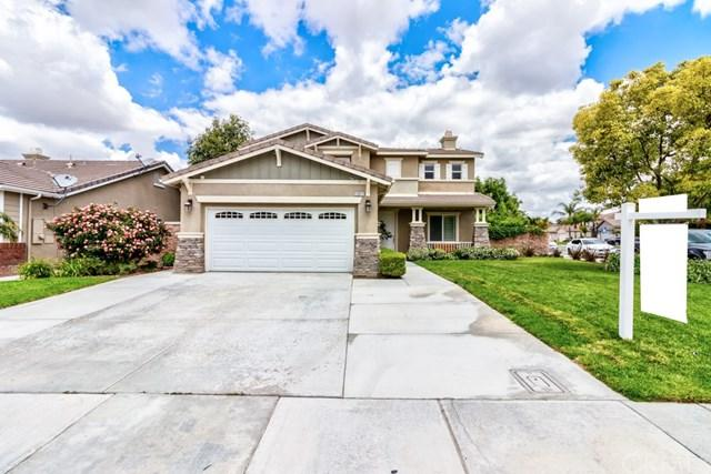 12812 Oakdale Street, Eastvale, CA 92880 (#IG19120623) :: Rogers Realty Group/Berkshire Hathaway HomeServices California Properties
