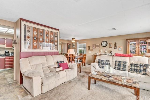 23301 Ridge Route Drive #110, Laguna Hills, CA 92653 (#OC19120397) :: Berkshire Hathaway Home Services California Properties