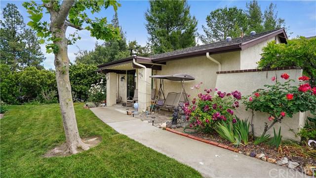 26330 Oak Highland Drive C, Newhall, CA 91321 (#SR19121268) :: RE/MAX Masters
