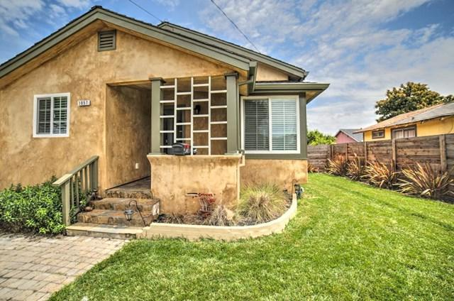 1057 Victoria Street, Hollister, CA 95023 (#ML81753385) :: The Laffins Real Estate Team