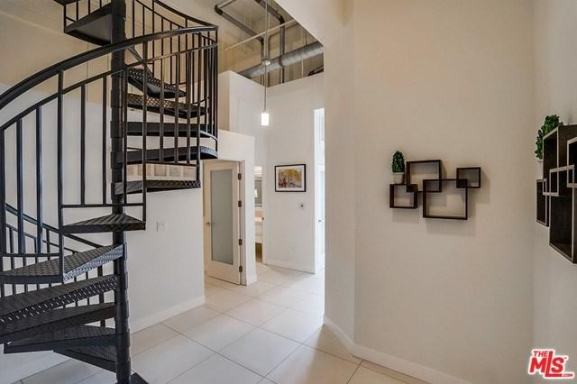 939 S Broadway #1008, Los Angeles (City), CA 90015 (#19470046) :: Heller The Home Seller