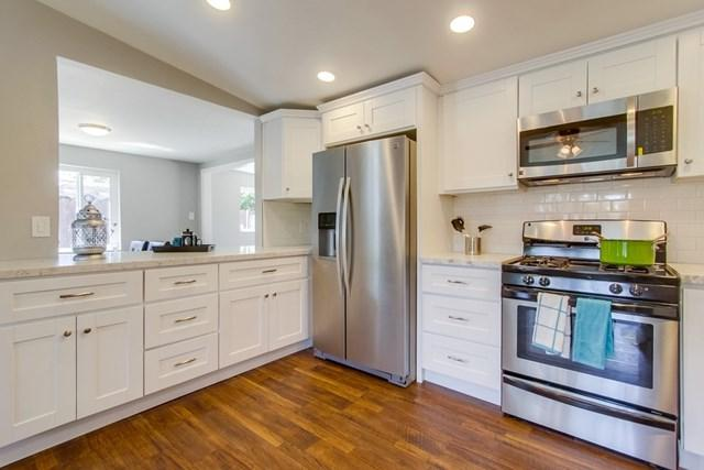 341 Bandini Place, Vista, CA 92083 (#190028492) :: Ardent Real Estate Group, Inc.