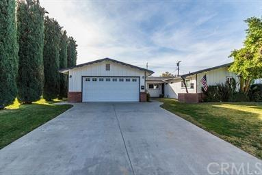 221 Georgia Street, Redlands, CA 92374 (#IV19121350) :: A|G Amaya Group Real Estate