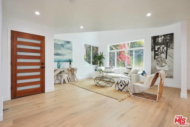 8726 Wonderland Avenue, Los Angeles (City), CA 90046 (#19470236) :: Rogers Realty Group/Berkshire Hathaway HomeServices California Properties