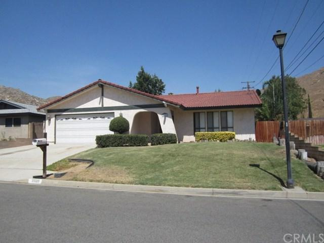 3320 Maricopa Drive, Riverside, CA 92507 (#IV19121882) :: Ardent Real Estate Group, Inc.