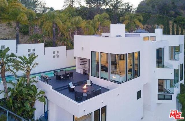 2231 Sunset Plaza Drive, Los Angeles (City), CA 90069 (#19470248) :: Rogers Realty Group/Berkshire Hathaway HomeServices California Properties