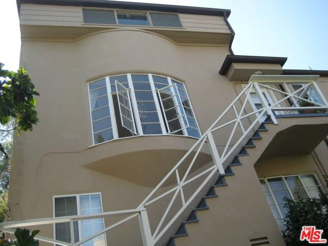 1854 Pandora Avenue, Los Angeles (City), CA 90025 (#19470376) :: Rogers Realty Group/Berkshire Hathaway HomeServices California Properties