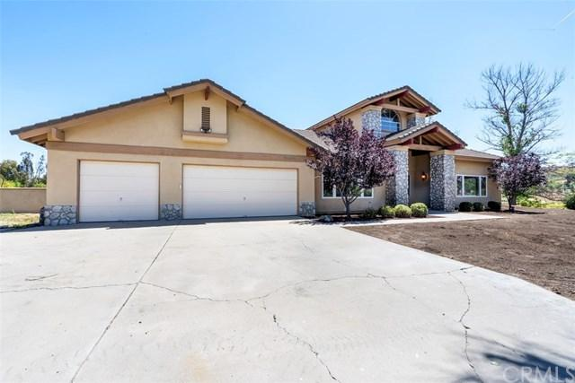 39550 Calle De Companero, Murrieta, CA 92562 (#SW19119642) :: EXIT Alliance Realty