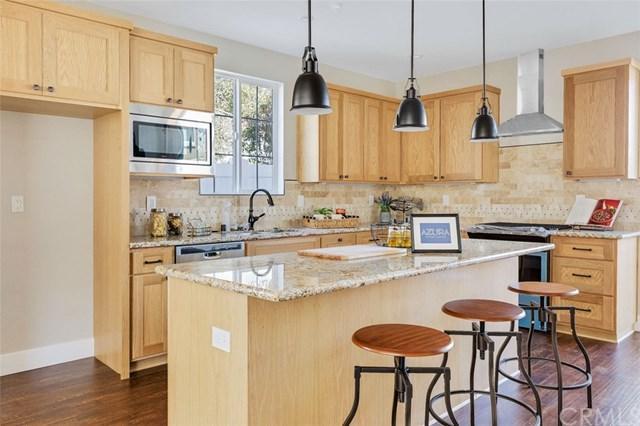 166 Rochester St. Unit B, Costa Mesa, CA 92627 (#OC19122524) :: Scott J. Miller Team/ Coldwell Banker Residential Brokerage