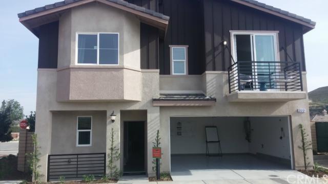 2013 N Colony Way, San Bernardino, CA 92407 (#PW19122558) :: Go Gabby