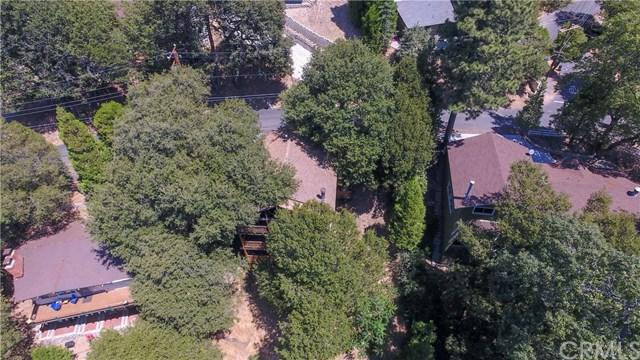 455 Wylerhorn Drive, Crestline, CA 92325 (#EV19122578) :: The Laffins Real Estate Team